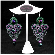 BOTTLE GREEN EARRINGS