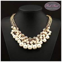 RHINESTONES & PEARLS NECKLACES